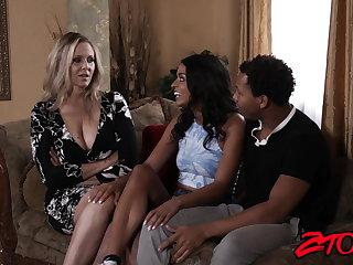 Interracial MILF stunner Julia Ann shares thick BBC with Latina babe