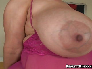 Pakistani Samantha 38G bbw sex