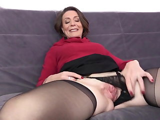 French milf hard fuck - anal, too - second movie