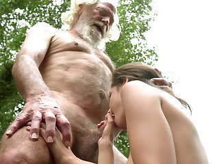 Close-ups 70 year old grandpa fucks 18 year old girl moaning excitedly