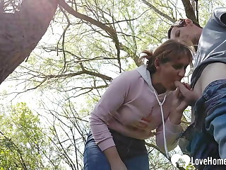 Outdoor Shagging a horny MILF in the woods