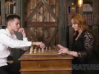 Stockings MATURE4K. Chess-ty mature gets screwed